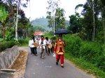 Arak-arakan Marapulai masih diseputaran kampuang Baruah